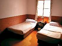 のんびりくつろげる客室
