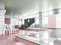 女性大浴場はサウナと6種類のお風呂がある