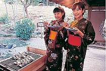 湯上り処で焼き牡蠣の食べ放題も
