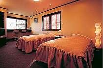 和風モダンで統一されたお洒落な客室
