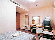 ダブルルーム★ お部屋もベッドも広々です
