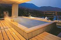 宿泊者のみ利用できる展望露天風呂
