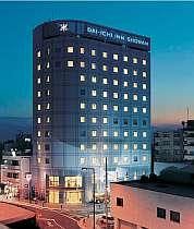 JR辻堂駅南口から徒歩2分。電車で江の島&鎌倉まで20分、横浜まで30分アクセス◎