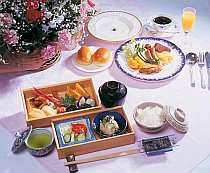 朝食は洋食か和食かお好みで選べます