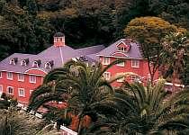 大浦海岸から徒歩60秒のホテル