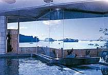 お風呂の窓からは見事な松島湾の景色一望