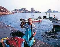 漁師の主人が毎朝漁に出かけ旨い魚を獲ってくる