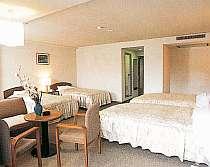 施設充実の洋室の一例。他和室もあるよ