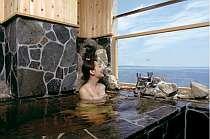 別府湾が一望できる絶景客室露天風呂(1例)
