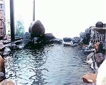 天然温泉の岩風呂