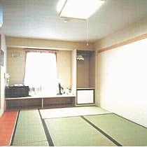 客室はゆっくり寛げる和室