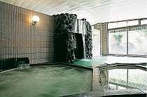【大浴場(女性)】広々して湯船も数種類ございます。