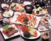 地魚料理から本格懐石までご堪能いただけます(写真は季節限定プラン『お好み会席』コースの料理例です)