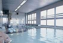 男性用風呂、天然硫黄泉。24時間入浴OK