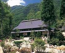 奥飛騨の格安ホテル 松宝苑