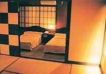 特別室は、ツイン+和室というつくり
