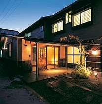 平成11年にリニューアルしました!落ち着いた建物の和宿