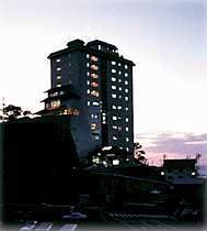 日本海の天守閣 岬館