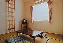 ゆったり寛げる和室ロフトを昇れば2階建て気分エアコン・テレビ完備