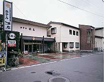 松本市郊外に佇む温泉宿