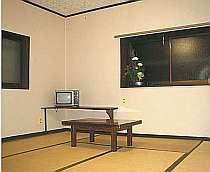全8室、テレビ・冷暖房は無料。寛げる和室