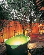 上山の格安ホテル花明りの宿 月の池