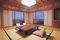 窓の外は三河湾の壮大な景色(客室一例)