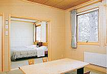 101号室8畳和室と6畳洋室の露天風呂付客室