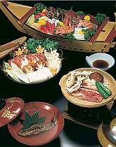 舟盛、しし鍋、岩魚の骨酒など別注のお料理も好評です