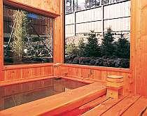 草津の名湯をゆったり楽しめるお風呂
