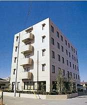 JR姉崎駅のそばに建つホテル。ビジネス・観光に交通至便