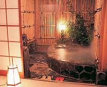 露天風呂付き客室一例 まさに温泉三昧