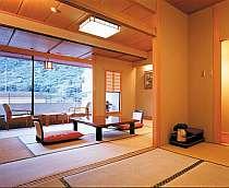 本館の客室一例(10畳+6畳)