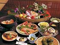 お部屋食の旬の素材てんこ盛プラン料理一例