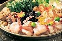 濃厚味噌出汁のコクが自慢のあんこう鍋。最後のおじやまで召し上がって下さい!