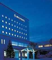 横手官庁街に位置し、ビジネス・観光にオススメのホテル