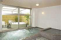 男女別の大浴場、サウナで疲れを癒します