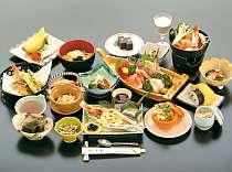 冬の会席料理一例、内容はプランによる