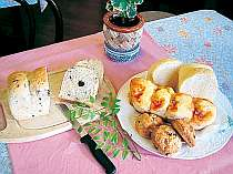 ふわふわな食感がたまらない自慢の手作りパン!!