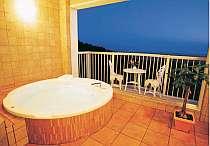 猪苗代湖を一望できる貸し切り露天風展望風呂