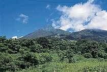 磐梯山の山頂まで見ることができるマウントビューの客室