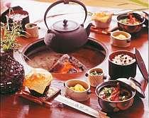 伊豆の海・山の旬の幸を味わえる夕食一例