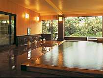 効能豊かな天然温泉が溢れる
