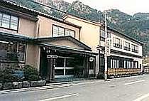 窓岩ホテル