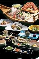 日本海で揚がった魚介類を中心とした会席料理
