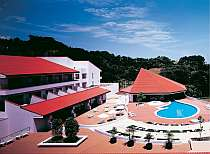 ホテル ローレル