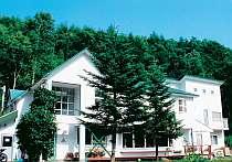 高山植物の宝庫、車山高原に佇む小さな宿