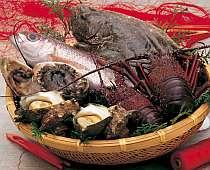 駿河湾の幸盛りだくさん!魚介かご盛り