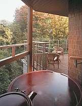 【露天風呂客室】『紅のお風呂』珍しい真紅の陶器製・・