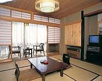 【本館】和室10畳(バストイレ付)